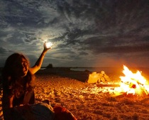 Full Moon and Bonfire Lua cheia e fogueira