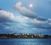 Full moon over Paradise Island Lua cheia sobre Paradise Island