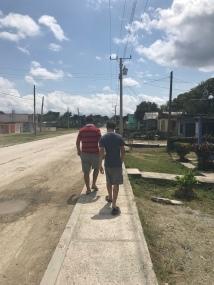 Chegando em Cuba e indo a igreja