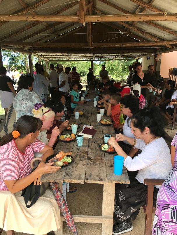 Reunião com Almoço e Comunhão